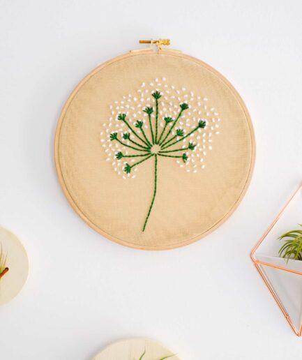 Embroidery dandelion el işlemesi pano